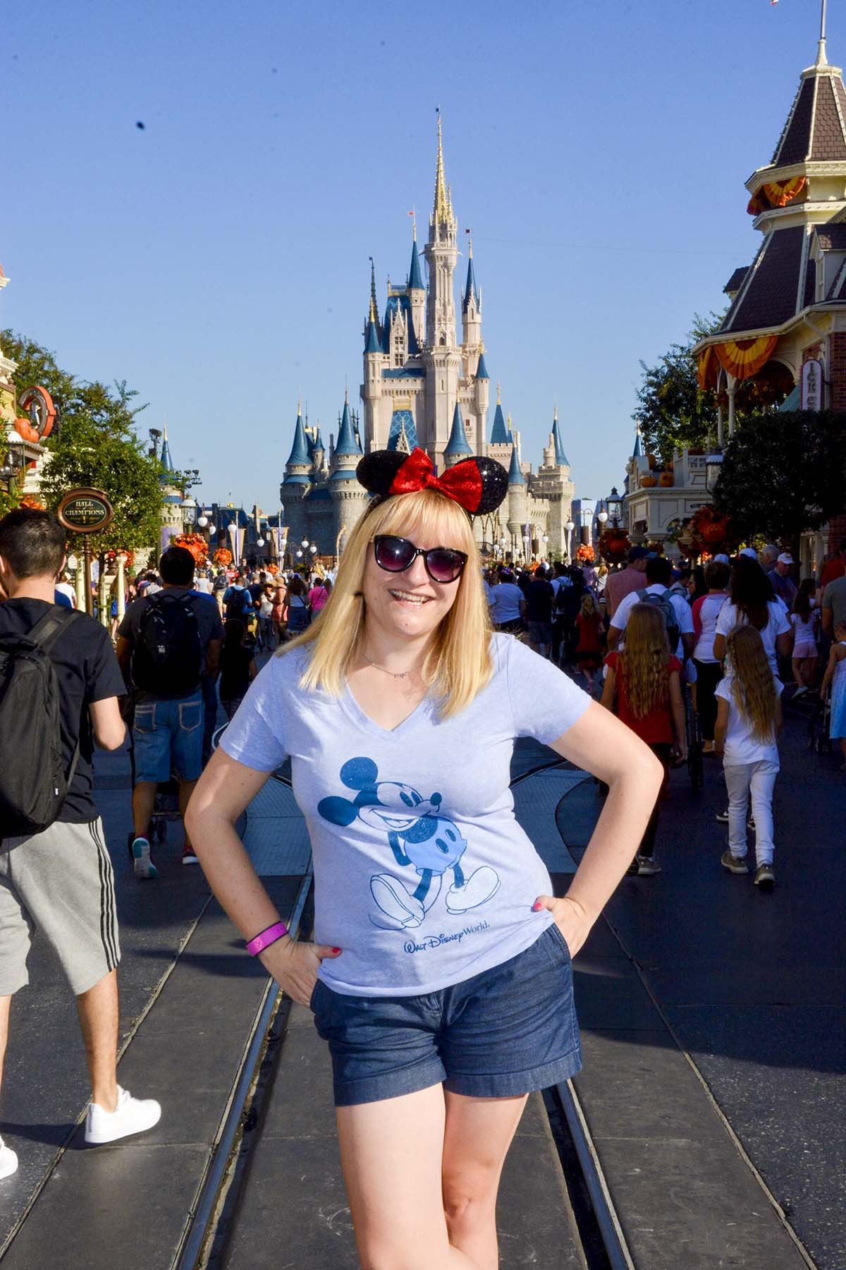 alison-perry-disney-world