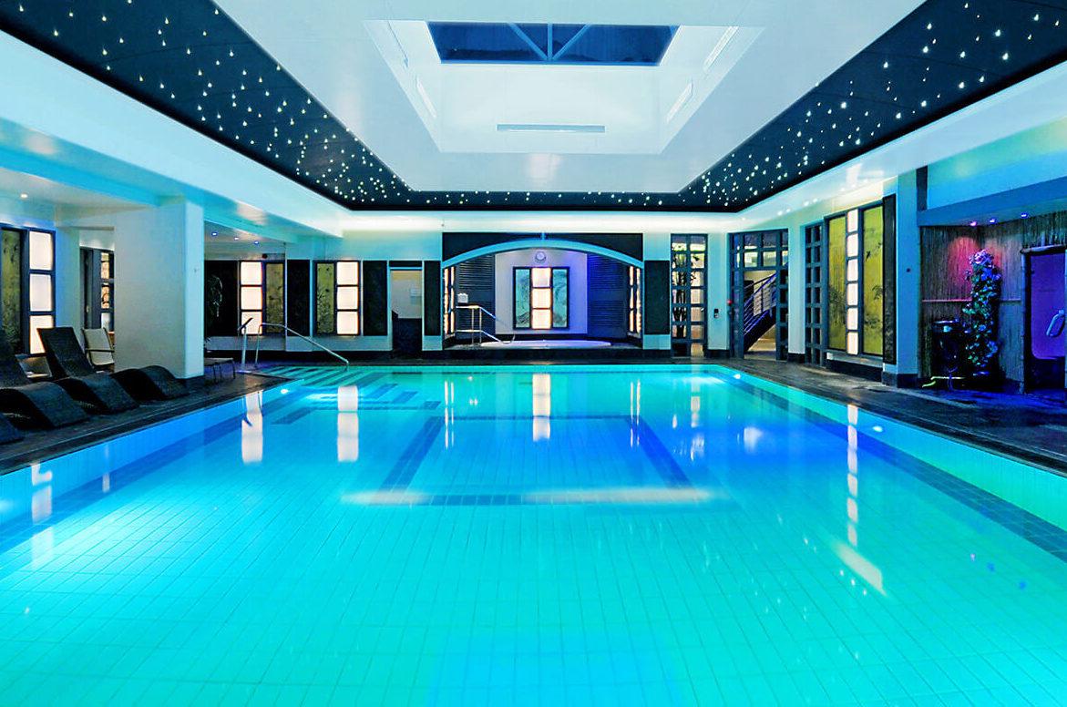 senspa-swimming-pool-at-careys-manor-hotel