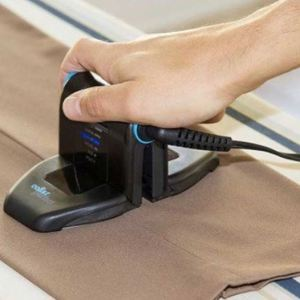Collar Perfect - Touch-Up and Travel Iron - 6