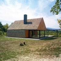 Proarh Renovates an Old Cottage in Croatia