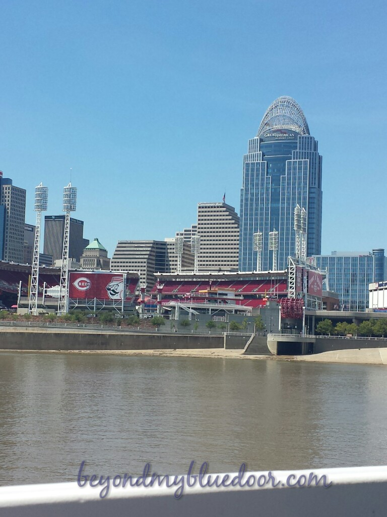 travel, travel blogger, things to do in Cincinnati, BB Riverboat, river cruises in Cincinnati