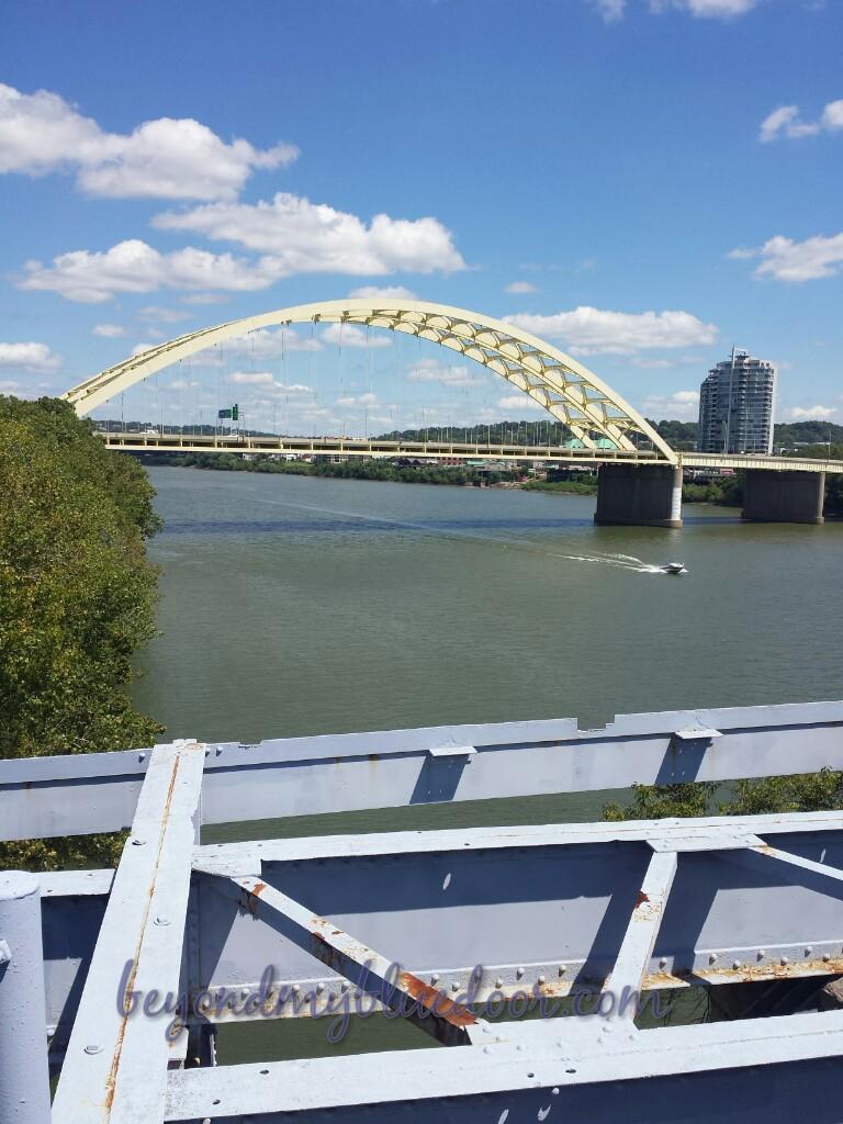 travel, travel blog, places to see in Cincinnati, Duck Tours, Great American Park, Purple People Bridge, Newport on the Levee