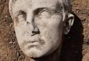Descubren cabeza de mármol de 2.000 años del primer emperador de Roma