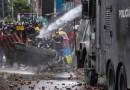 Violentas protestas en algunos sectores de Bogotá dejan policías heridos