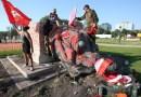 Derriban estatuas de la reina Victoria y de la reina Isabel en Canadá