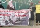 Las mujeres de Kabul regresan a sus trabajos, escuelas y calles en desafío a los talibanes