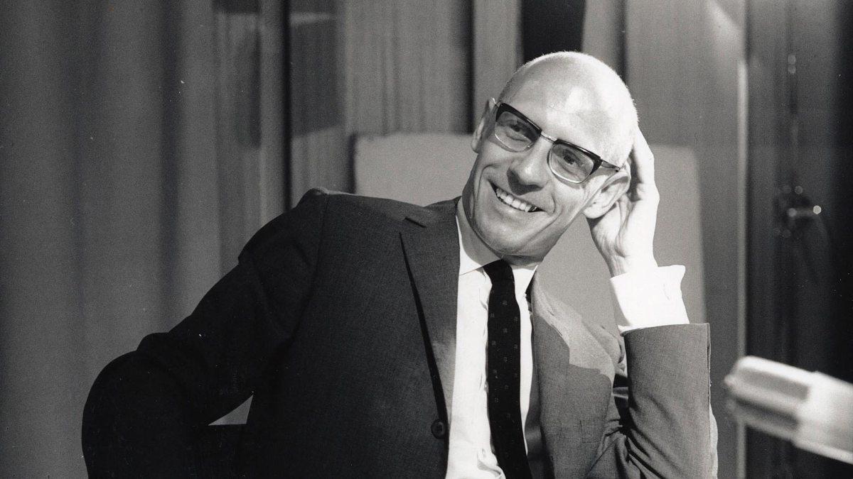 """Documentário """"Foucault Contra Foucault"""" legendado em português"""