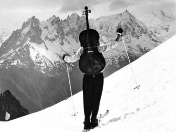 Les-sports-d-hiver-dans-l-objectif-de-Robert-Doisneau_article_popin
