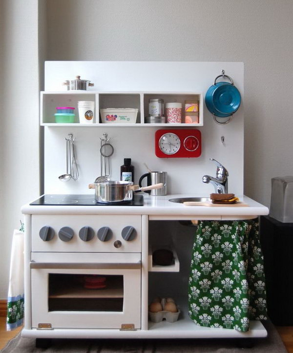 25 Diy Play Kitchen Ideas Amp Tutorials Cool Gifts For