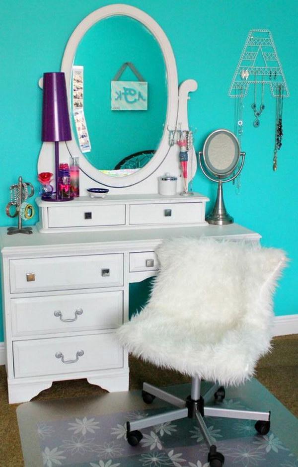 Cool Teenage Girl Bedroom Decorating Ideas - Noted List on Room Decor For Teenagers  id=16998