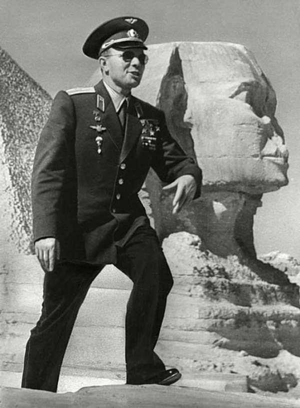 Yuri Gagarin Birthday, Real Name, Family, Age, Death Cause ...