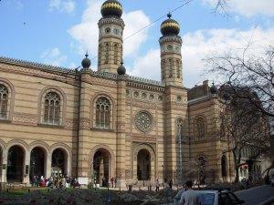 Sinagoga de Budapest, Pest