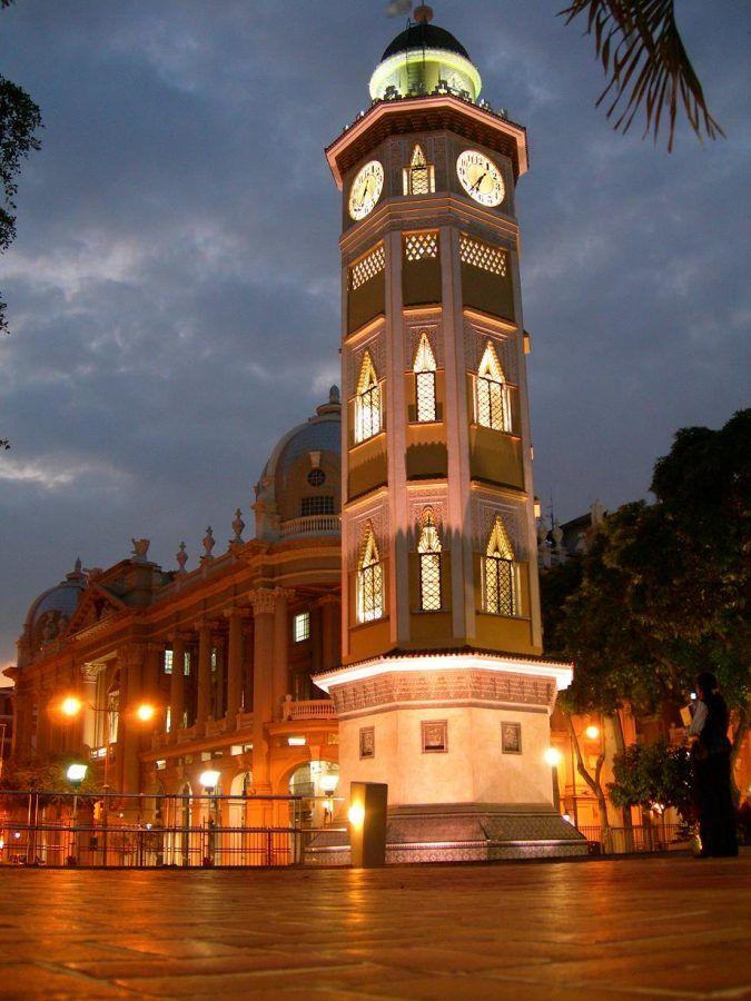Viajar a Guayaquil. Torre del reloj