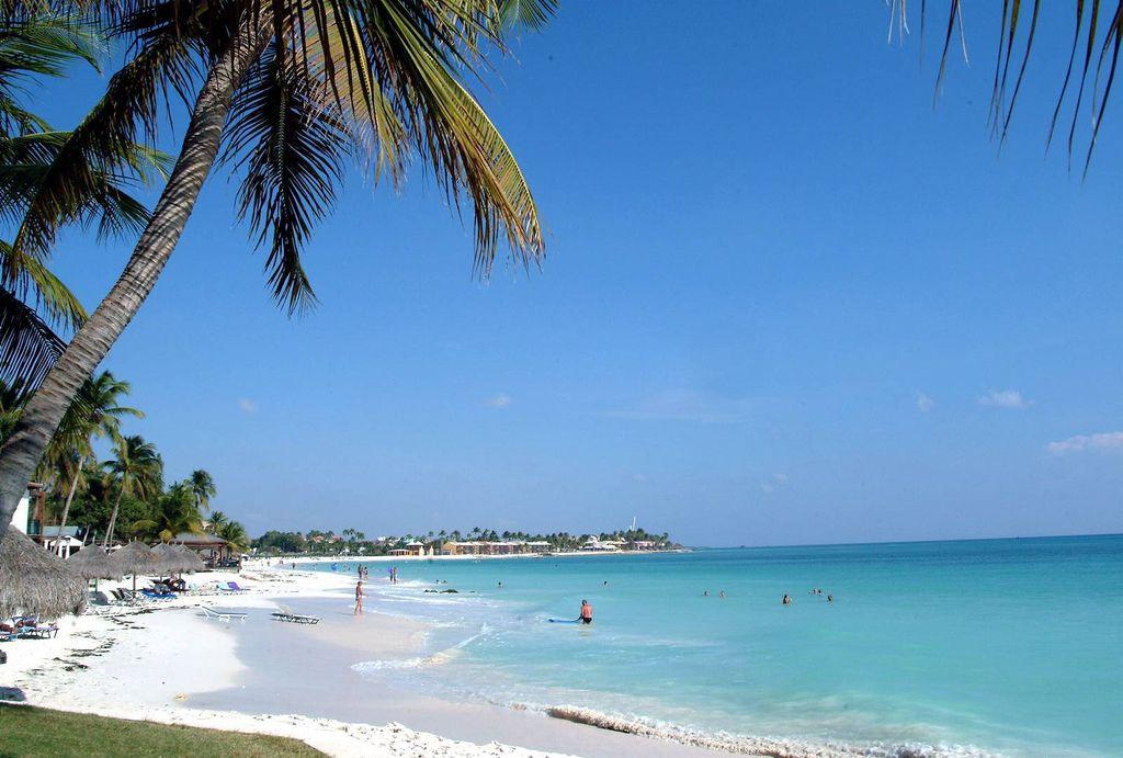 Viajar a las mejores playas, Eagle Beach