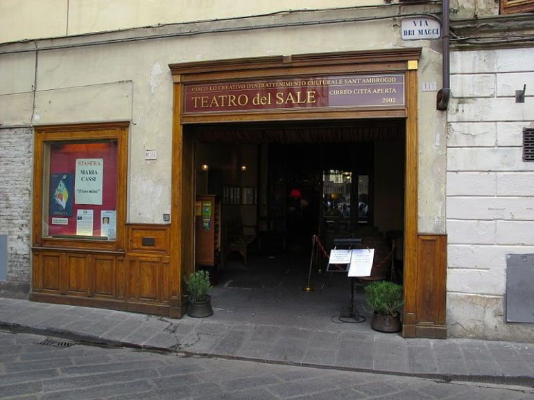 Fachada exterior Teatro del Sale
