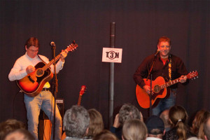 Ton-3 Acoustic Duo