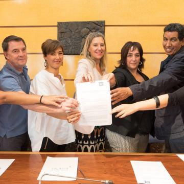 Las Juntas Generales de Bizkaia muestran su solidaridad con la RASD aprobando un proyecto destinado a mejora de las condiciones higiénico-sanitarias de la población femenina