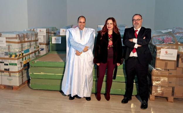 Castilla y León envía material educativo, didáctico e informático a los niños saharauis de Tinduf | Leonoticias