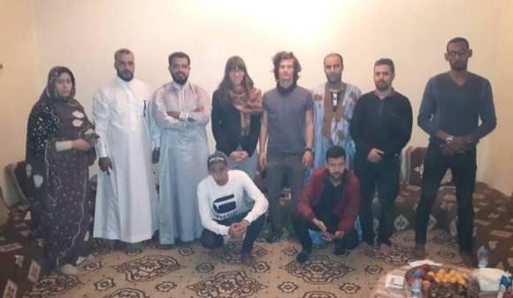 """Hablar con saharauis, el """"delito"""" de dos activistas de DDHH suizos expulsados de El Aaiún   Contramutis"""