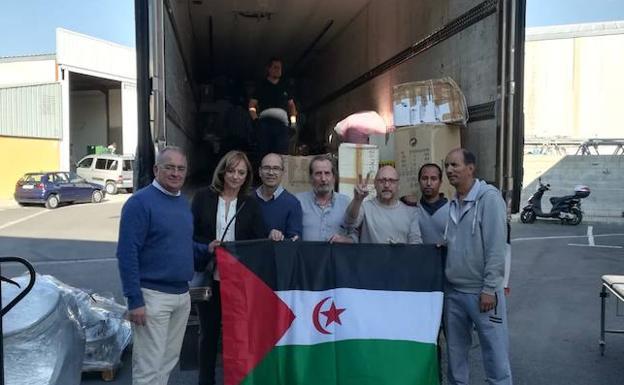 Granada envía 23 toneladas de ayuda humanitaria a los refugiados saharauis | Ideal