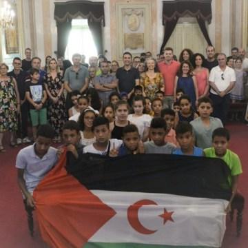 Alcalde de Alcalá de Henares da la bienvenida a los niños saharauis | Sahara Press Service