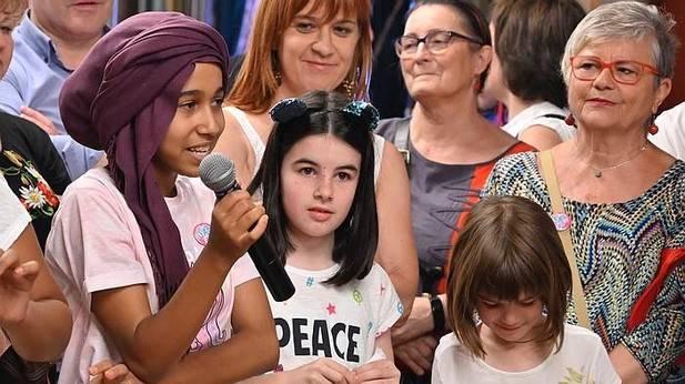Bienvenida a las niñas y niños saharauis y de Europa del Este que disfrutan del verano en Bilbao. Deia, Noticias de Bizkaia
