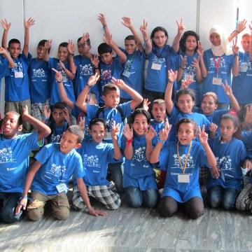 150 niños y niñas saharauis llegan a Zaragoza para pasar el verano «en paz» con sus familias de acogida | Arainfo