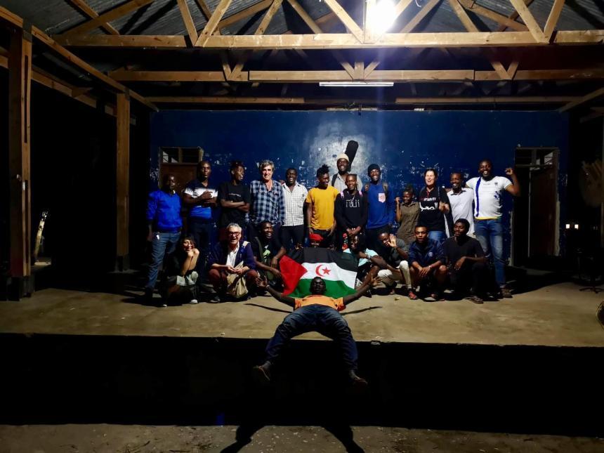 ARTIFARITI EN BAGAMOYO: La ciudad más creativa de Tanzania recibe con solidaridad la delegación de artistas en apoyo al Pueblo Saharaui