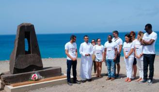 Veinticinco años en pateras: Hoy se cumple un cuarto de siglo de la arribada de una embarcación con dos jóvenes saharauis