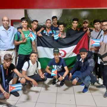 Llega a Cuba grupo de estudiantes saharauis para cursar estudios universitarios | Sahara Press Service