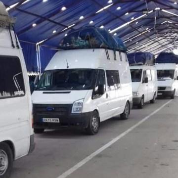 El Ministerio de Territorios Ocupados y Diásporasaharaui explica su posición respecto a la retención de las 17 furgonetas bloqueadas en un puerto argelino – Comunicado