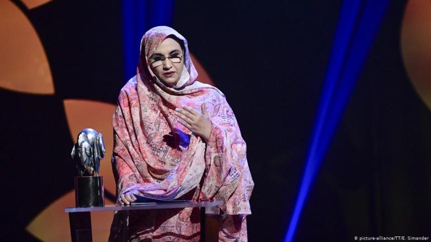 Aminatou Haidar receives alternative Nobel Prize, achievement for Sahrawi people | Sahara Press Service