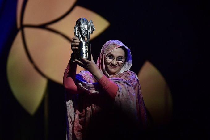 Felicitan Aminetu Haidar tras recibir el Premio Nobel Alternativo 2019 | Sahara Press Service