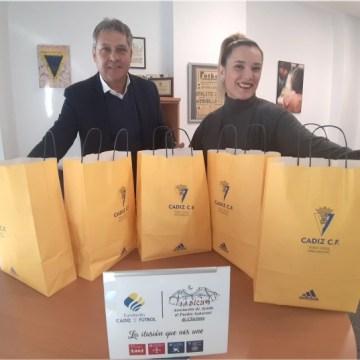 La Fundación dona prendas deportivas para los niños saharauis | Cádiz CF – Web Oficial