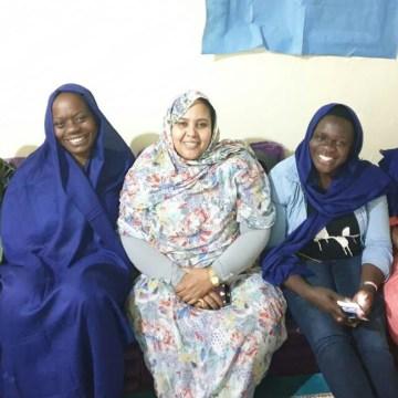 La délégation de la marche internationale de la femme achève sa visite de travail dans les camps de réfugiés sahraouis | Sahara Press Service