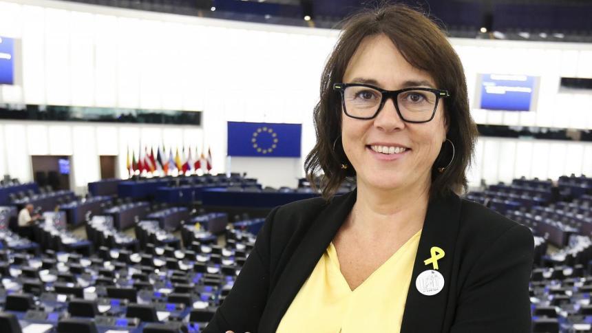 Eurodiputada cuestiona el vicepresidente de la Comisión Europea sobre posibles medidas para poner fin a la expulsión de parlamentarios del Sáhara Occidental
