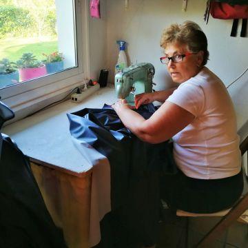 Un ejército de máquinas de coser para luchar contra el coronavirus | Sociedad | EL PAÍS