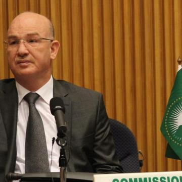 El comisario de Paz y Seguridad de la Unión Africana expresa su más sentido pésame por el fallecimiento de Mhamad Jadad | Sahara Press Service