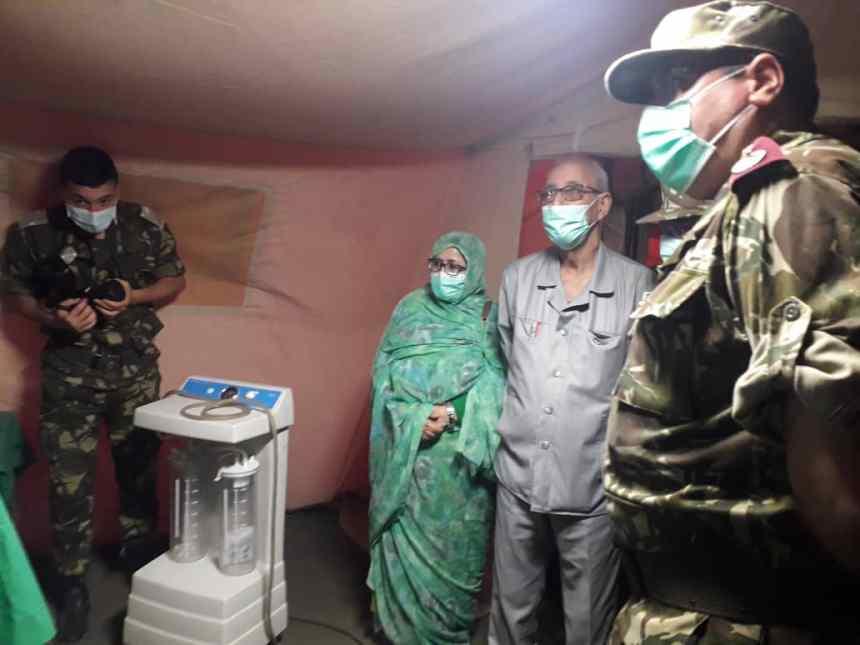 El Presidente de la República visita las instalaciones del Hospital militar en Rabuni cedido por autoridades argelinas | Sahara Press Service