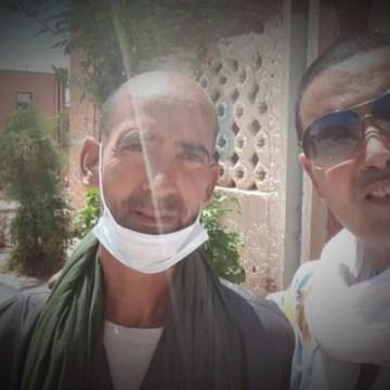 Jatri, el ángel de la guardia de los enfermos saharauis en Tinduf