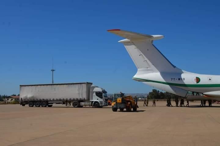 Argelia envía un cargamento de ayuda (31 toneladas) para luchar contra el Coronavirus en los campamentos de refugiados saharauis