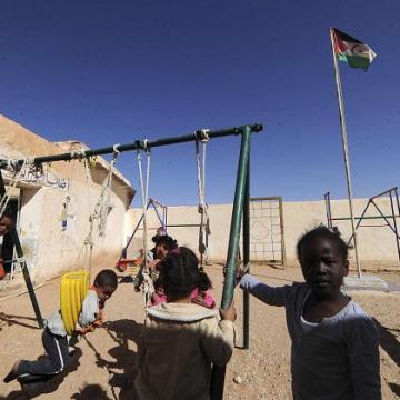 Ayuda humanitaria a los refugiados saharauis: Llamamiento de emergencia