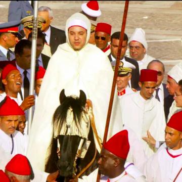 «Au Royaume du Maroc, un calme de façade», titula la emisora pública francesa «France Culture»