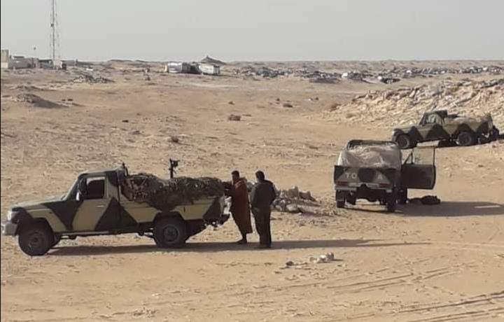Unidad del Ejército saharaui se suma a los manifestantes en Guerguerat para vigilar la situación en el sur del Sáhara Occidental