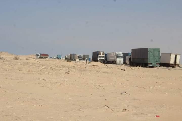 El ejército marroquí aconseja a los camiones que se retiren lejos de El Guerguerat