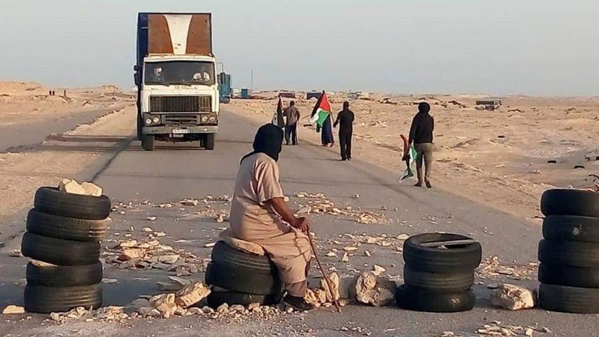 El bloqueo del Frente Polisario en la frontera sur del Sáhara Occidental afecta a ocho barcos españoles | España | EL PAÍS
