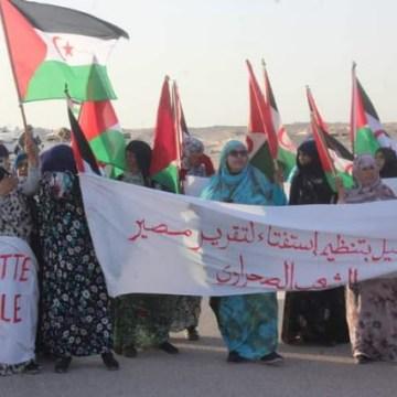 El Guerguerat: Las fuerzas de ocupación marroquíes han comenzado a equipar a sus efectivos con ropa de civil, a la vista de los observadores de la misión de la MINURSO, para atacar a los civiles saharauis