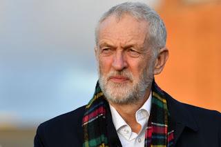 Corbyn: »La decisión de Trump debe ser condenada internacionalmente, es hora de celebrar el referéndum»