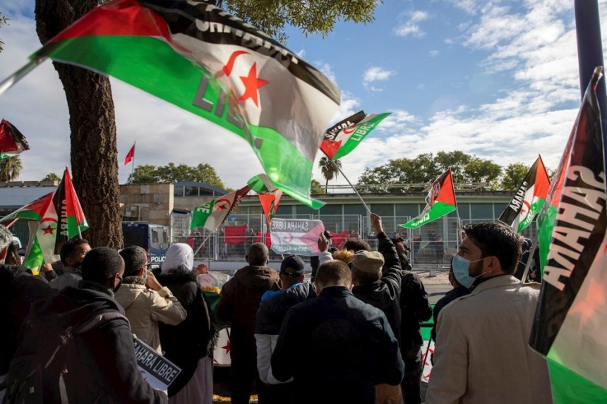 Refugiados en España: Cientos de saharauis pueden residir en España al obtener el estatuto de apátrida que concede el Gobierno   Diario Público