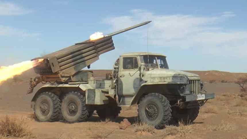El Ejército Saharaui bombardea las bases y posiciones del enemigo a lo largo del muro de la Vergüenza   Sahara Press Service